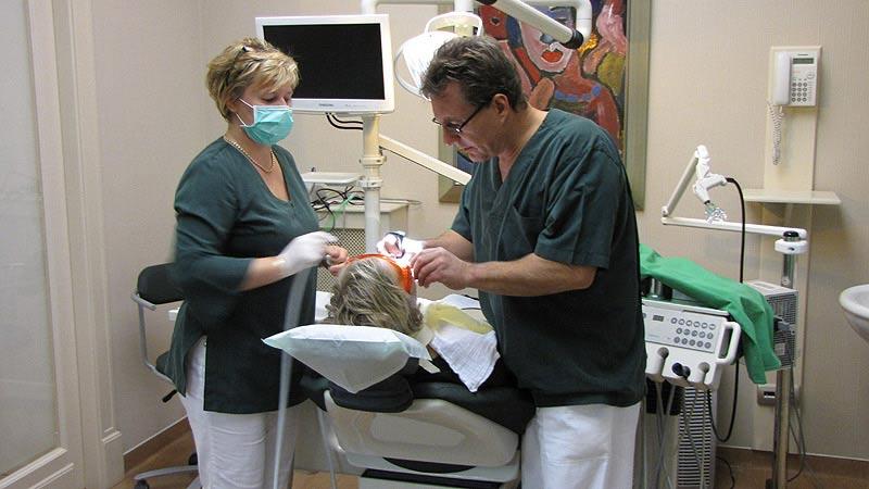 clinique-dentaire-hongrie-salle3
